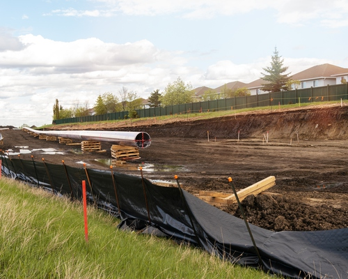 Fossil capital, 'unquantifiable risk' and neoliberal nationalizations: The case of the Trans Mountain Pipeline in Canada