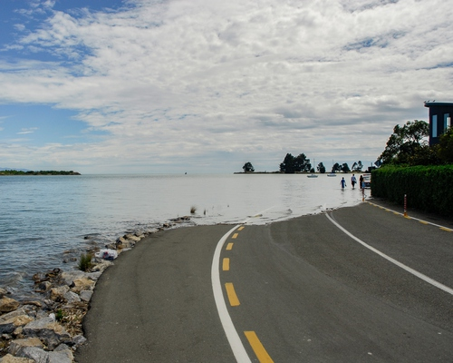 A significant number of New Zealanders overestimate sea-level rise — and that could stop them from taking action